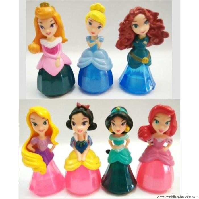 Princess Jasmine, Merida, Cinderella, Aurora, Ariel, Snow White ...