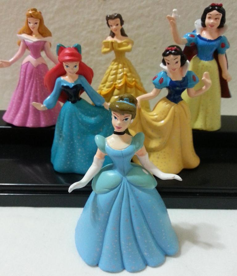 disney cinderella wedding cake toppers cinderella princess figurines cake topper disney 13549
